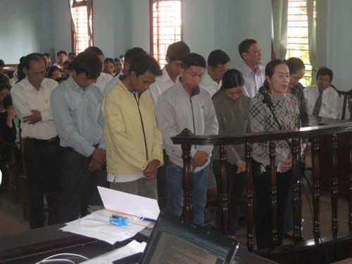 Tuyên án vụ lừa đảo lớn nhất miền Tây Nam Bộ - 1