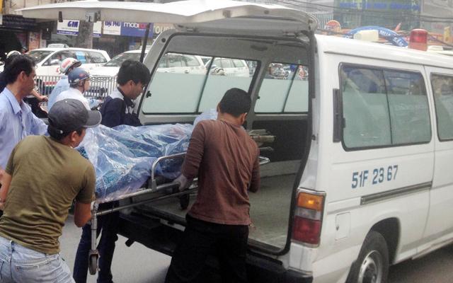 Nam thanh niên gục chết trong quán kem giữa Sài Gòn - 1