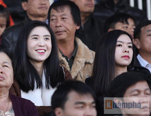"""2 ái nữ xinh đẹp của chủ tịch VFF """"mê"""" Công Phượng - 8"""