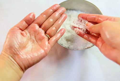 Chăm sóc bàn tay mượt mà trong nháy mắt - 2