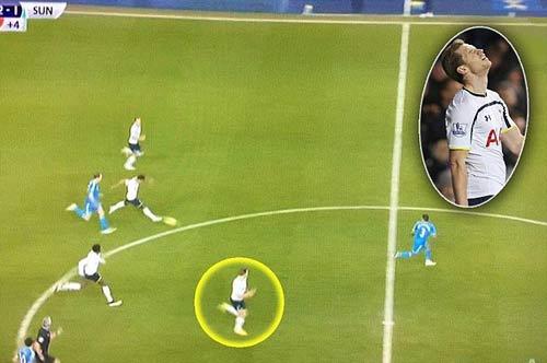 Trọng tài sai lầm tệ hại, Tottenham mất oan bàn thắng - 1