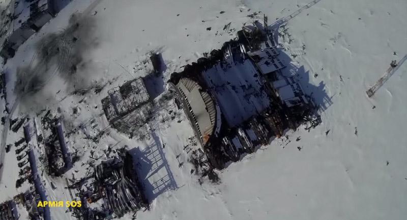 Ukraine: Sân bay Donetsk hoang tàn dưới đạn pháo - 3