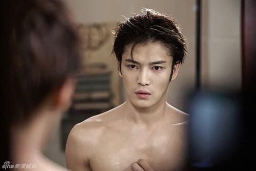 """Tài tử Jae Joong khoe thân hình cực chuẩn trong """"Spy"""" - 4"""