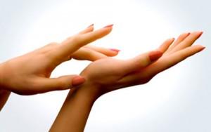 Chăm sóc bàn tay mượt mà trong nháy mắt