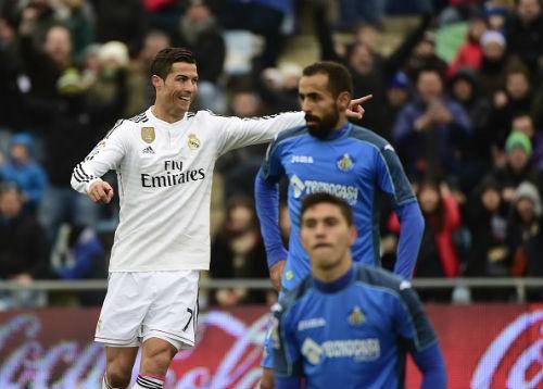 """Real đại thắng: Tôn vinh """"Ngài kỷ lục"""" Ronaldo - 1"""