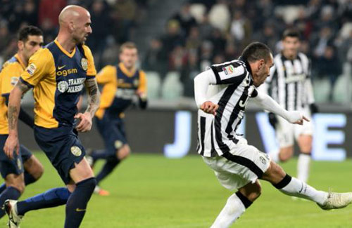 Juventus - Verona: Tối tăm mặt mũi - 1