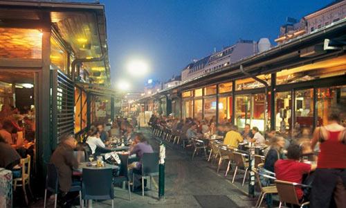 10 khu chợ nổi tiếng châu Âu bạn không nên bỏ qua - 6