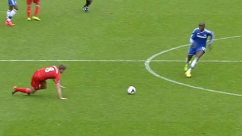 Mourinho yêu cầu fan Chelsea tôn trọng Gerrard - 2