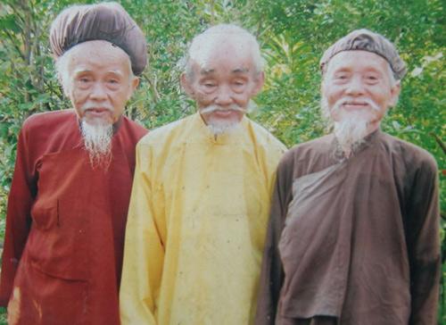 """Những """"dị nhân"""" Việt có mái tóc kỳ lạ - 3"""