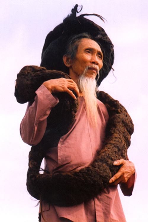 """Những """"dị nhân"""" Việt có mái tóc kỳ lạ - 2"""