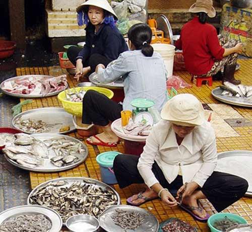 Tràn lan tôm độc hại ở chợ - 1