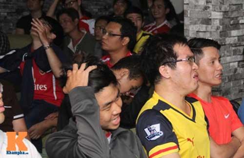 "Fan Arsenal vỡ òa khi ""Pháo thủ"" vùi dập ""Man xanh"" - 4"