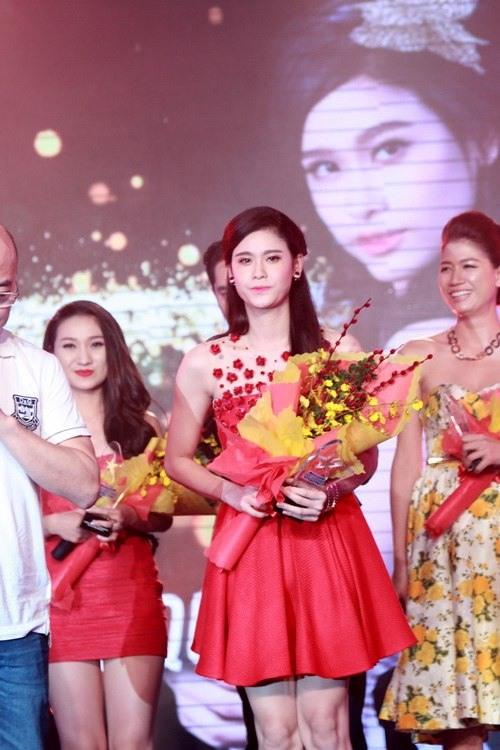 Trương Quỳnh Anh bất ngờ xuất hiện giữa bão hôn nhân - 8