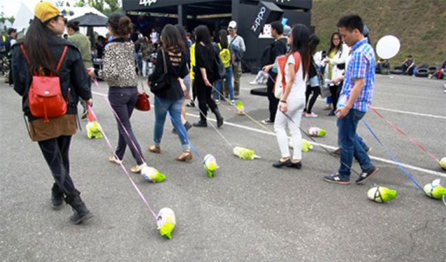 Hình ảnh hài hước của giới trẻ Trung Quốc - 4