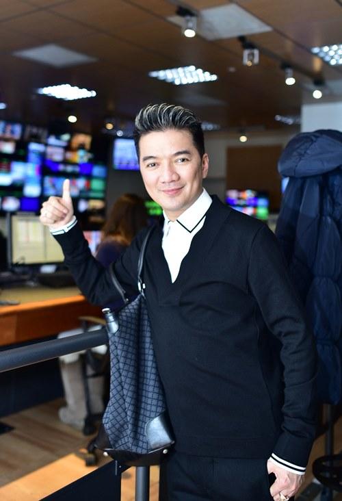 Mr. Đàm thử làm MC trên truyền hình Ý - 6