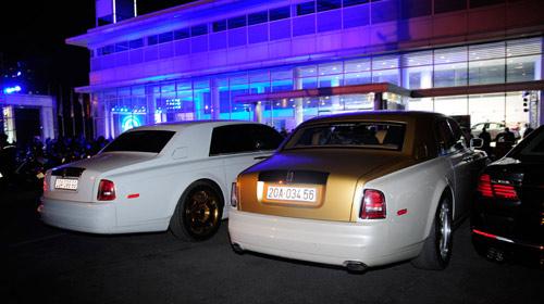 """Cặp đôi Rolls-Royce Phantom biển """"khủng"""", mạ vàng tại Hà Nội - 4"""
