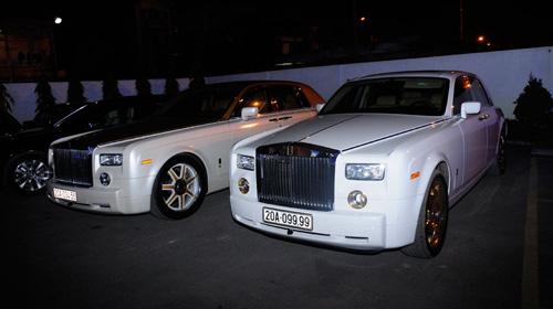 """Cặp đôi Rolls-Royce Phantom biển """"khủng"""", mạ vàng tại Hà Nội - 6"""