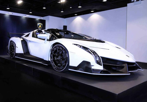 Lamborghini Veneno Roadster đến Hồng Kông - 2