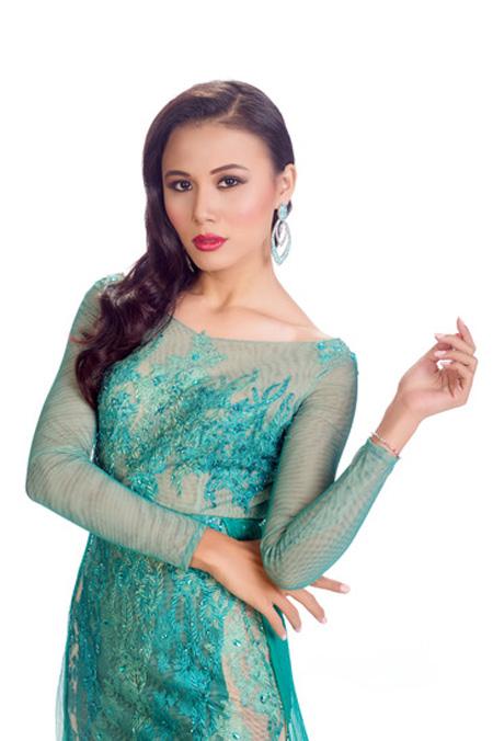 Chấm điểm 9 nhan sắc Á tại Hoa hậu Hoàn vũ 2015 - 13