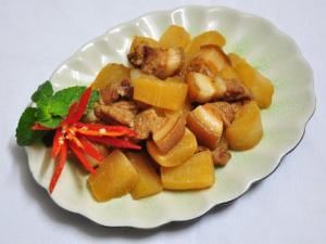 Tuyệt chiêu nấu món thịt kho củ cải ngon khó cưỡng