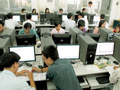 Nhu cầu tuyển dụng nhân lực ngành CNTT tăng cao trong năm 2015 - 1