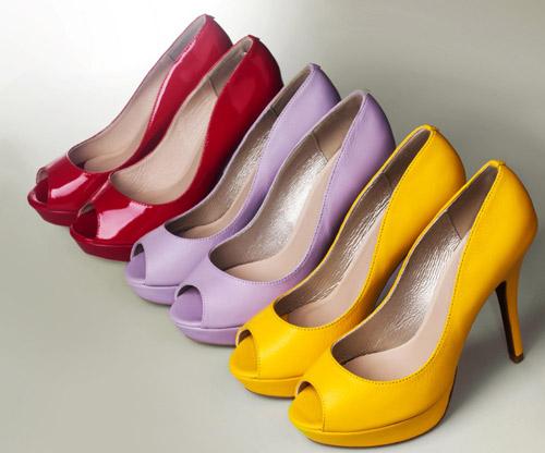 Giày, túi ấn tượng cho cô nàng rạng rỡ đón tết - 8