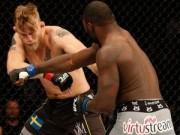 UFC: Knock-out đối thủ bằng đòn đấm liên hoàn