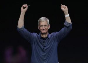 """Các CEO nổi tiếng được thưởng """"khủng"""" cỡ nào?"""