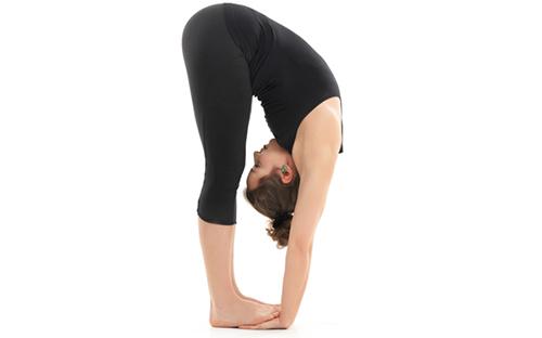11 bài tập yoga giúp bạn có dáng đẹp như mơ - 2