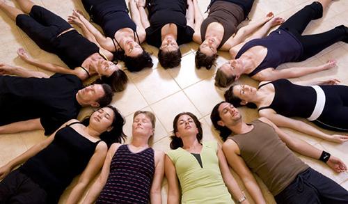 11 bài tập yoga giúp bạn có dáng đẹp như mơ - 11