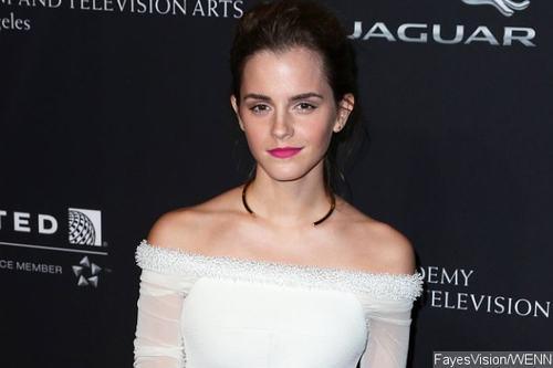 """Emma Watson hé lộ vai diễn trong """"Người đẹp và Quái thú"""" - 1"""
