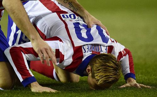 Torres ghi bàn lịch sử: Xin đừng là tức thời - 1