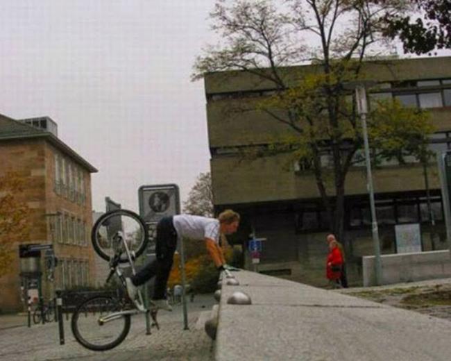 """Tai nạn """"khó đỡ"""" của các tổ lái """"xe đạp"""" - 5"""