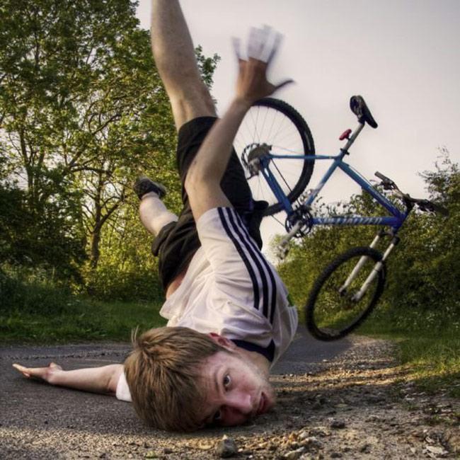 """Tai nạn """"khó đỡ"""" của các tổ lái """"xe đạp"""" - 7"""