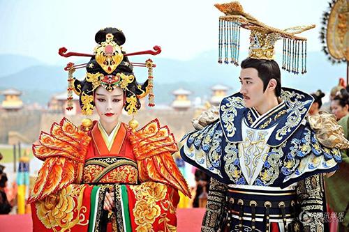 Cảnh đăng cơ Hoàng Hậu hoành tráng của Võ Mỵ Nương - 3