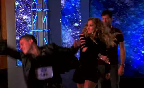 """Jennifer Lopez tát """"người tình hờ"""" trên sóng truyền hình - 1"""