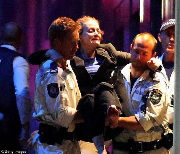 """Đặc nhiệm Úc bị chỉ trích vì """"xả súng quá tay"""" - 2"""