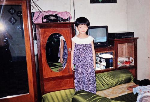 """Lộ ảnh """"xinh từ bé"""" của á hậu Diễm Trang - 1"""
