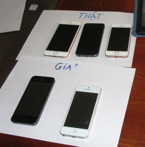 Bắt nhóm chuyên lừa bán iPhone dỏm ở TPHCM - 3