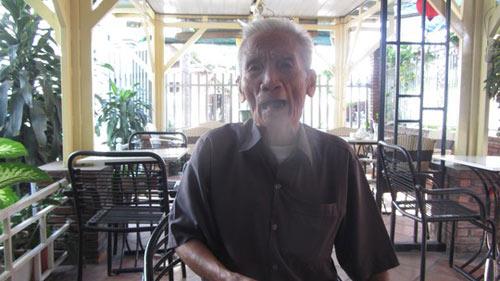 Cha Huỳnh Văn Nén uất nghẹn vì không được thăm con - 2