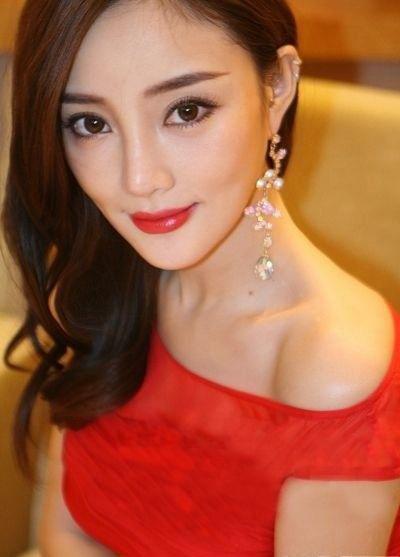 12 mỹ nữ má lúm đồng tiền duyên nhất Trung Quốc - 2