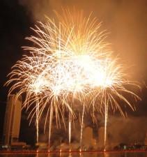 Đà Nẵng tổ chức Cuộc thi bắn pháo hoa Quốc tế lần thứ 7