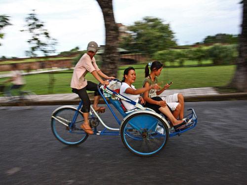 Hãy du lịch và tới Việt Nam khi bạn tuổi 20! - 2