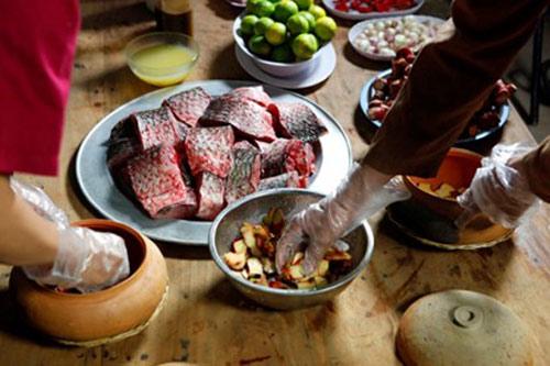 Nức tiếng món cá kho niêu cổ truyền ở làng Vũ Đại - 5