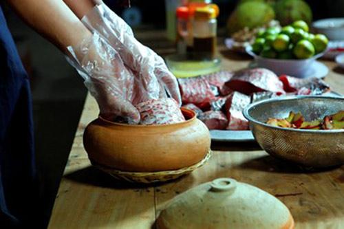 Nức tiếng món cá kho niêu cổ truyền ở làng Vũ Đại - 6