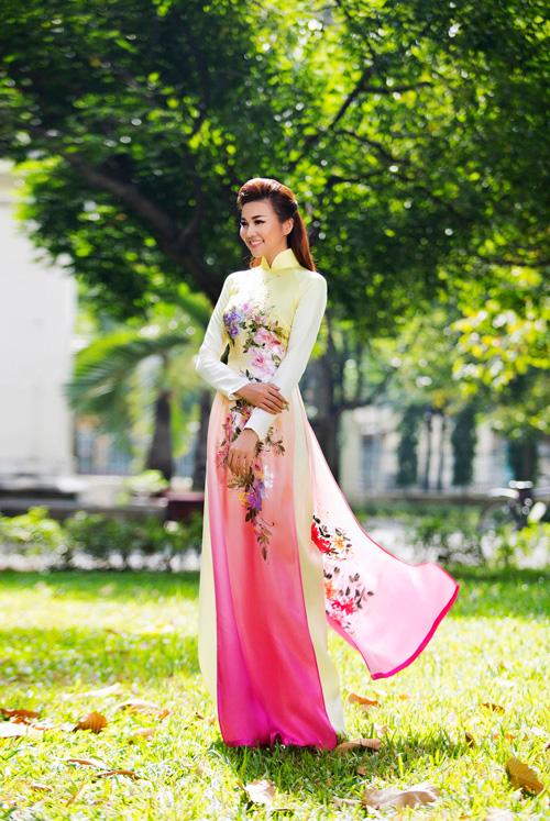 Mỹ nhân Việt nô nức mặc áo dài chào Xuân Ất Mùi - 3