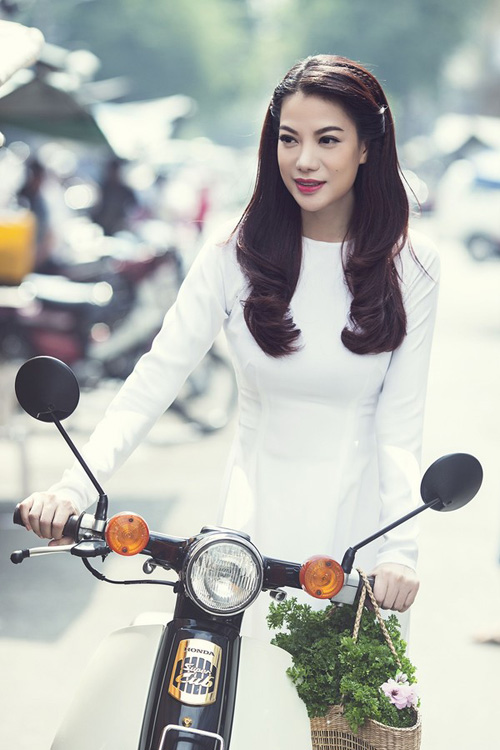 Mỹ nhân Việt nô nức mặc áo dài chào Xuân Ất Mùi - 9
