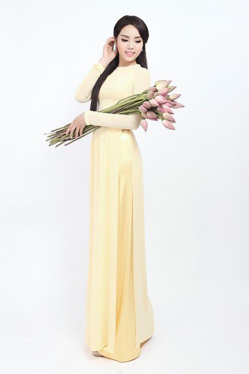 Mỹ nhân Việt nô nức mặc áo dài chào Xuân Ất Mùi - 7