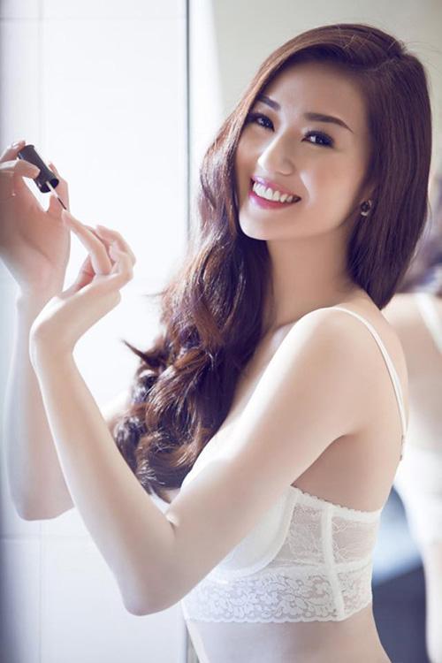 6 nhan sắc tuổi Mùi đẹp ngỡ ngàng của showbiz Việt - 15
