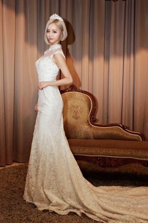 Top 10 sao nữ Kpop mặc váy cưới đẹp nhất - 3